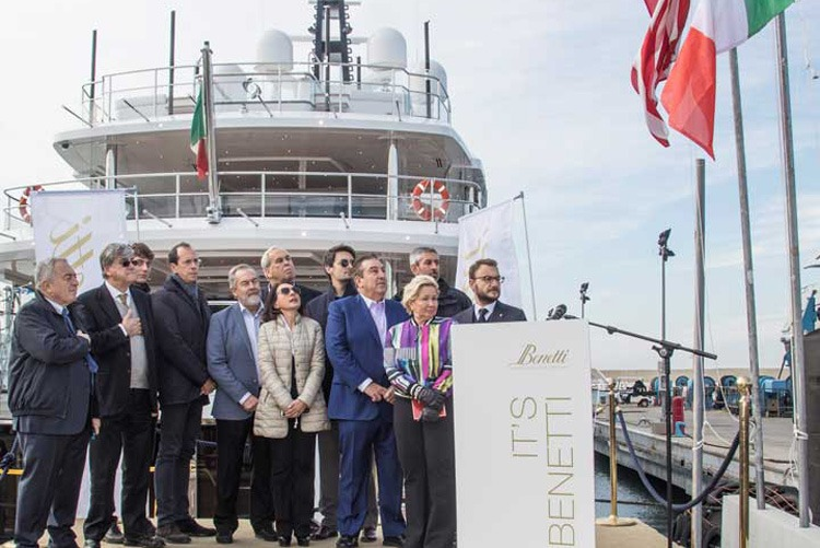 Benetti-Spectre-delivery-news
